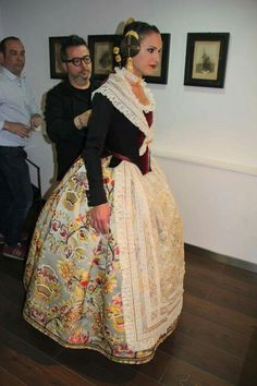 Historical Costume, Beautiful Dresses, Beautiful Things, Vintage Fashion, Sari, Victorian, Costumes, Clothes, Beauty