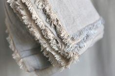 Pearl Linen Throw