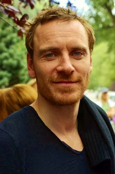 Good Morning!!! How goes everybody??? Did you survive to TFF with Fassy stunning at every pic or everyone's died of ecstasy ??