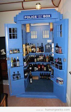 Mueble bar Tardis