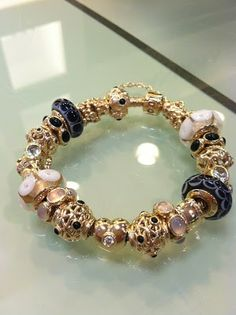 Design your own photo charms compatible with your pandora bracelets. This is gorgeous! A girl can dream ; Pandora Gold, Pandora Bracelet Charms, Pandora Jewelry, Charm Jewelry, Charm Bracelets, Bracelet Designs, Twitter Link, Fashion Outfits, Casual Outfits