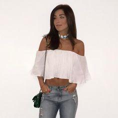 A blogueira e youtuber Mariana Sampaio usou nossa choker búzios.