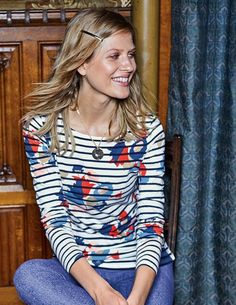 Costal Retreat Breton - size 4 We've taken the classic Breton and given it some added interest. It has the same trusted fit and soft cotton fabric, but each option has something extra special about it.