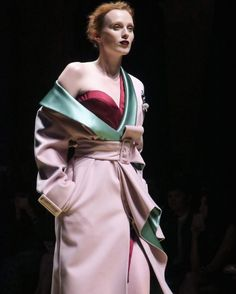 Karen Elson opened the Versace couture show.