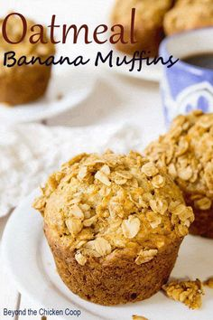 Banana Muffins Oatmeal banana muffin with an oatmeal crumb topping. These muffins are perfect for breakfast or a midday snack. via banana muffin with an oatmeal crumb topping. These muffins are perfect for breakfast or a midday snack. The Oatmeal, Healthy Banana Muffins, Banana Bread Muffins, Banana Breakfast Muffins, Healthy Muffin Recipes, Banaba Muffins, Blueberry Banana Oatmeal Muffins, Best Banana Muffin Recipe, Protein Banana Bread