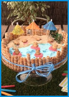 Beach cake. Amazing! The bears are having fun! Tarta playa. Los ositos se lo están pasando en grande!