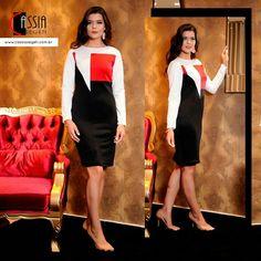 Modelo tricolor o que deixa o look bonito é justamente a casualidade e o conforto que você expressa. www.cassiasegeti.com.br #outonoinverno #CassiaSegeti #CS #ModaFeminina #ModaEvangélica #outono17 #inverno17 #moda #looks