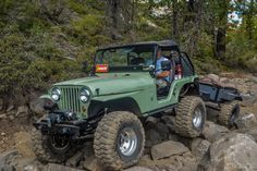 John Briggs built this 1967 Jeep and matching custom off-road trailer to run the trails and carry everything his family needs. Jeep Willys, Jeep Truck, Jeep Jeep, Jeep Garage, Rc Trucks, Lifted Trucks, Vintage Jeep, Vintage Cars, Badass Jeep