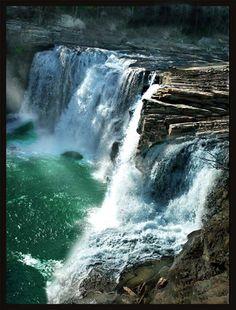 Little River Canyon Falls near Fort Payne, Alabama
