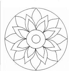 Simple Mandala, Mandala Dots, Mandala Pattern, Mosaic Patterns, Mandala Design, Cd Wall Art, Cd Art, Mandala Art Lesson, Mandala Drawing