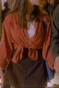 Sarah from Party of Five outfit inspo !