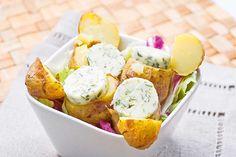 Młode ziemniaczki z masłem ziołowym