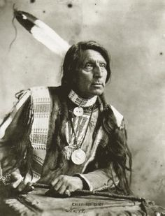 Old Hopes & Boots: Chief Red Shirt, Oglala Sioux Native American Pictures, Native American Beauty, American Indian Art, Native American Tribes, Native American History, American Indians, Navajo, Art Indien, Oglala Sioux