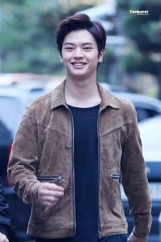 Sungjae BTOB Btob Minhyuk, Yook Sungjae, Joo Hyuk, Cube Entertainment, Seong, Handsome Boys, Pop Group, Singing, Bomber Jacket