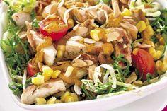 Ensalada oriental con pollo y sopa de espárragos