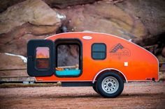 Pour les amoureux de la nature qui veulent voyager léger sans s'encombrer d'une imposante caravane, ce module Timberleaf Trailer est la solution. Réalisée