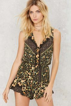 Mason Floral Romper | Shop Clothes at Nasty Gal! Love the print.