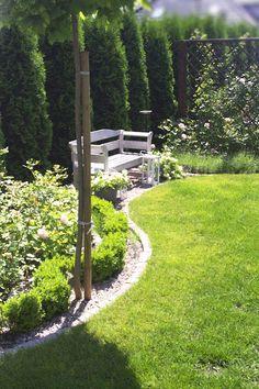 Large Backyard Landscaping, Backyard Garden Design, Garden Landscape Design, Small Garden Design, Back Gardens, Small Gardens, Outdoor Gardens, Garden Deco, Dream Garden