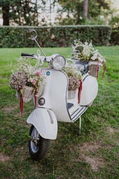 Vespa wedding decor: Photography: Gianluca And Mary Adovasio - www.gianlucaadovasio.it/   Read More on SMP: http://www.stylemepretty.com/destination-weddings/italy-weddings/2017/03/07/a-fashion-designer-weds-at-villa-aurelia-in-rome/