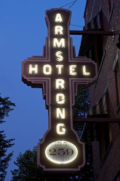 Fort Collins, CO - The Armstrong was restored in recent years, but was the first place my sisters & I stayed in FoCo in summer Neon Signs Uk, Neon Signs For Sale, Vintage Neon Signs, Custom Neon Signs, Neon Sign Repair, Old Town Hotels, Neon Open Sign, Fort Collins Colorado, Shine The Light