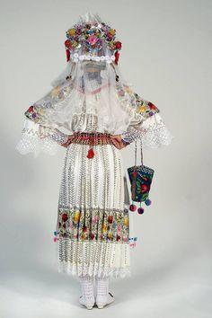 Šokac female traditional costume from Sonta, Bačka (Vojvodina) Croatian