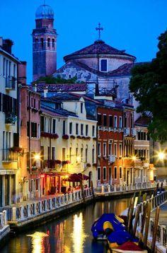 Evening in Venice, Italy. #travelbeautifulitaly