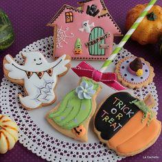 "37 Likes, 8 Comments - La Cachette (@cachettela) on Instagram: ""Halloween~☆ #halloween #icingcooke #アイシングクッキー"""