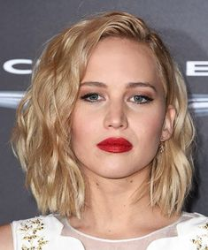 Jennifer Lawrence Hair Style No. Windswept Waves, 15 Times We Wished We Had Jennifer Lawrence Hair - (Page Undercut Hairstyles, Curled Hairstyles, Easy Hairstyles, Damp Hair Styles, Short Hair Styles, Bob Styles, Lob, Blonde Color, Hair Color