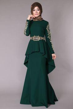 Jacket looking Peplum fish evening dresses emerald Abaya Fashion, Fashion Dresses, Moslem Fashion, Mode Abaya, Abaya Designs, Muslim Dress, Muslim Women, Dress Patterns, Pretty Dresses