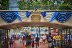Via Disneyland Resort Photos on Facebook