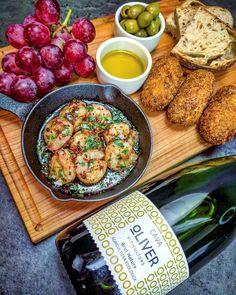 """1,208 To se mi líbí, 24 komentářů – Davidovy recepty (@davidvkuchyni) na Instagramu: """"Krevety na česneku a chilli, croquetas de Jamón, Cava, olivový olej, olivy, hroznové víno a…"""" Agriculture"""