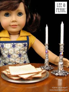 This Passover, make amazingly realistic matzos for your 18 inch / American Girl dolls using Lee & Pearl's FREE printable download and easy directions. And make a set of shabbat candlesticks as well — we've included directions and a detailed list of the beads and jewelry findings we used. Chag Pesach Sameach! American Girl Doll Room, American Girl Crafts, American Girls, Ag Dolls, Girl Dolls, Pearl Crafts, Printable Crafts, Free Printable, Printables
