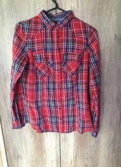 Kup mój przedmiot na #vintedpl http://www.vinted.pl/damska-odziez/koszule/10824898-czerwona-koszula-w-krate-z-reserved