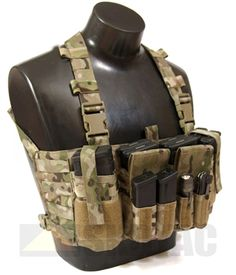 Bit like old issue chest rig, which I still have