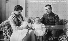 Adele, Brunswick Germany, Ernst August, Prince Héritier, Reine Victoria, Casa Real, Princess Victoria, Prussia, Dog Life