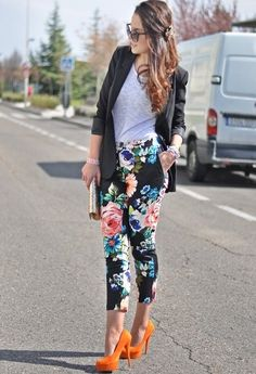 19 Cute Ways How To Wear Floral Pants