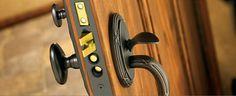 Locksmith In Shelton CT - Automotive - Car Keys Made, Lockouts, Transponder Keys, Programming, Ignition Change/Repair/Replace (860) 893-0282  www.bobslocksmithsheltonct.com