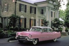 Graceland - Elvis Presley's Car & Mansion - Memphis, Tennessee