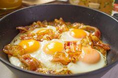 Яичница с беконом | Американский завтрак