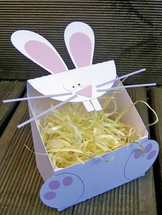 Bunny box to print to put his chocolates . Easter Crafts For Toddlers, Easy Easter Crafts, Diy For Kids, Crafts For Kids, Easter Decor, Decor Crafts, Diy And Crafts, Paper Crafts, Easter Baskets