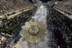 Rio Carnival 2012: costumes and celebrations