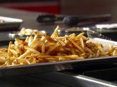 Duck Fat Fries recipe from Guy Fieri via Food Network Poutine Recipe, Fries Recipe, Duck Fat Fries, Food Network Recipes, Cooking Recipes, Humble Potato, Duck Recipes, Diner Recipes, Potato Recipes