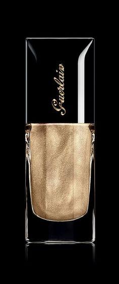 Guerlain Colour Lacquer - 400 Coque d'Or shade.