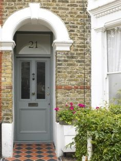 Composite Front Door Numbers 42 Ideas For 2019 Front Door Steps, Front Door Entrance, Porch Windows, Front Doors With Windows, Front Door Design, Front Door Colors, Traditional House Numbers, Front Door Numbers, Victorian Front Doors