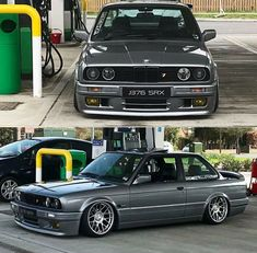 BMW 3 series grey slammed - New Sites Bmw E30 Coupe, Bmw M3 Sedan, Bmw E30 325, Bmw 325, Bmw Series, Porsche, Audi, Ferrari, Lamborghini