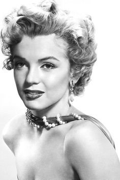 Marilyn photographed by Bernard Of Hollywood, 1952.