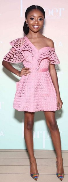 Get the Look: Skai Jackson's Harper by Harper's Bazaar Self Portrait Pink One Shoulder Lace Frill Mini Dress and Christian Louboutin Check Pumps Skai Jackson, Disney Channel, Afro, Perfect Pink, Girl Fashion, Fashion Design, Fashion News, Celebs, Celebrities