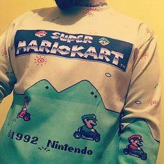 By djroro: #french #nintendo #mariokart #supernintendo #oldschool #gaming #gamer #vintage #retrogaming #sweater #1992  #retrogaming #microhobbit