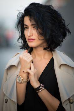 Bloggerinnen inspirieren uns nicht nur in Sachen Mode, sondern auch mit ihren Frisuren. Darum haben wir hier schöne Frisuren aus Blogs und von der Straße