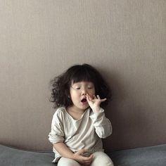 Cute Baby Meme, Cute Funny Babies, Cute Asian Babies, Korean Babies, Funny Kids, Cute Little Baby, Cute Baby Girl, Little Babies, Baby Kids